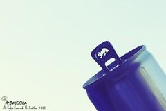 Red Bull (Mr.3zo00oz) Tags: red bull 2011 شراب القوه رد جوانح بول يعطيك