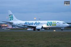 YR-BAE - 28723 - Blue Air - Boeing 737-4YO - Luton - 110127 - Steven Gray - IMG_8588
