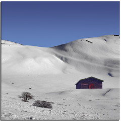 The refuge (Nespyxel) Tags: blue winter white house snow landscape casa soft peace blu hut neve lonely inverno bianco solitario snowscape lazio refuge terminillo rieti soffice nespyxel stefanoscarselli