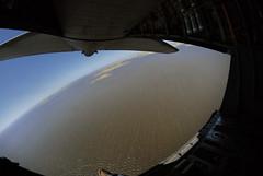 Maniobras conjuntas de rescate aéreo (U.S. Embassy Montevideo) Tags: rescue training plane uruguay aircraft usaf fau hercules c130 usairforce entrenamiento rescate parachutejumping operativo afrc rqw 920rescuewing 920th