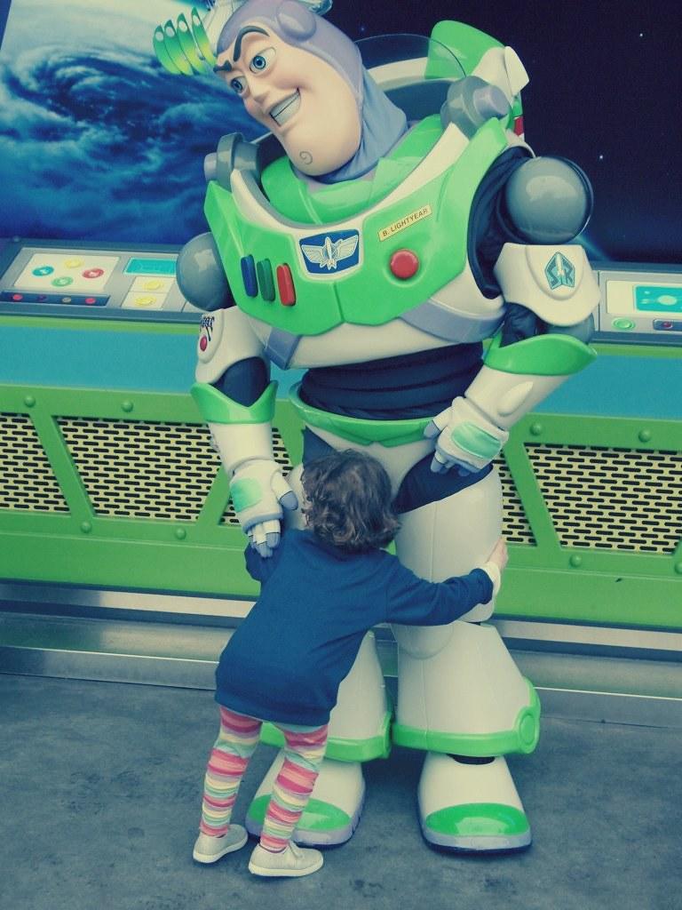 Mila & Buzz