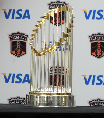 The Giants World Series trophy as seen as Yahoo!, taken by Flickr user shemp65 under Creative Commons atribution license.