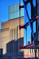 NEO Bankside and Tate Modern (George Rex) Tags: uk england brick london glass architecture apartments unitedkingdom britain steel modernism tatemodern flats gb exoskeleton borough hightech residential carillion urbanism southwark bankside richardrogers herzoganddemeuron gilesgilbertscott neomodernism gillespies urbanregeneration rshp structuralexpressionism londonboroughofsouthwark rogersstirkharbourpartners tatemodernartgallery grxa23 neobankside grahamstirk