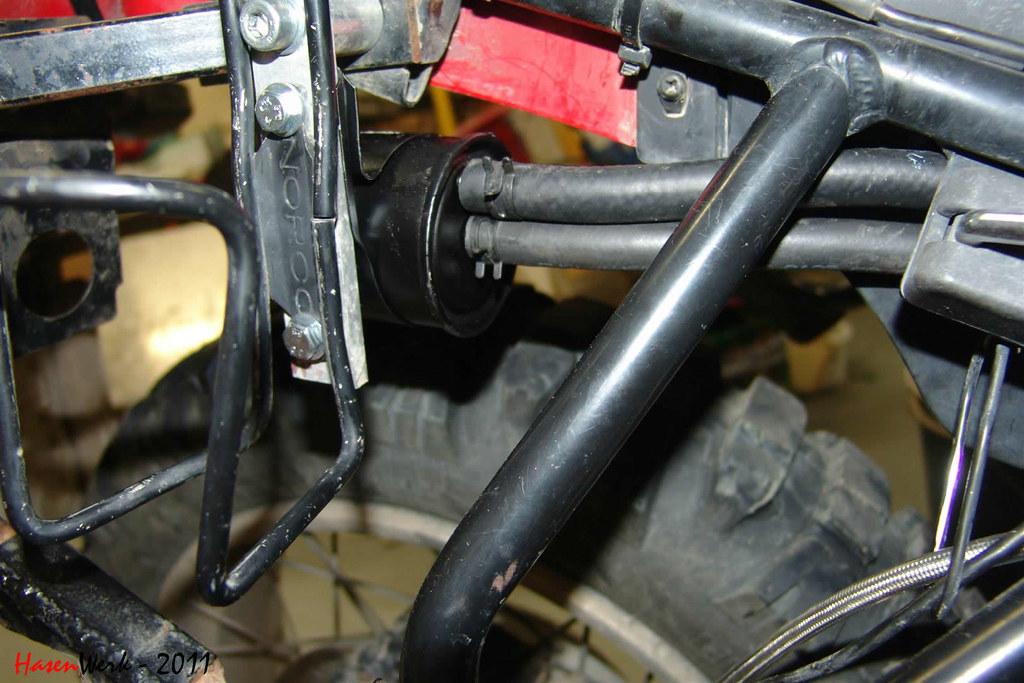 changing fuel filter on duramax filter on duramax 2003. Black Bedroom Furniture Sets. Home Design Ideas
