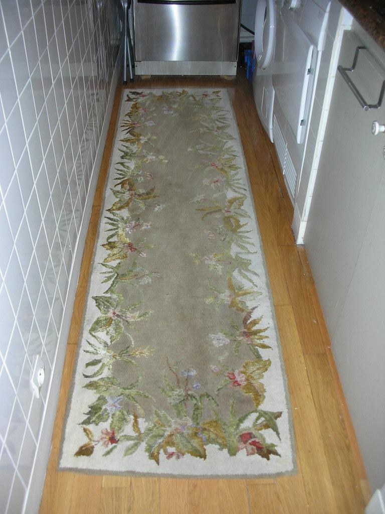 Floral rug runner