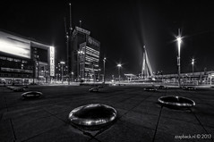 Cold, dark & stormy night / Wilhelminaplein / Rotterdam (zzapback) Tags: bridge bw white black holland netherlands dutch night photography mono rotterdam nikon europe long exposure fotografie traffic angle nacht wide nederland sigma le enjoy brug avond kpn luxor zwart wit kopvanzuid ultra 1224mm hdr olanda dg erasmusbrug nieuwe kranen kraan wilhelminaplein uwa verkeer rotjeknor kvz zww photomatix derotterdam groothoek hsm d700 zzapback zzapbacknl robdevoogd