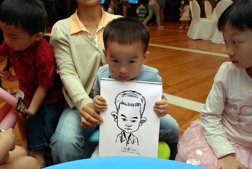 caricatrue live sketching for Arthur & Maria wedding dinner - 6