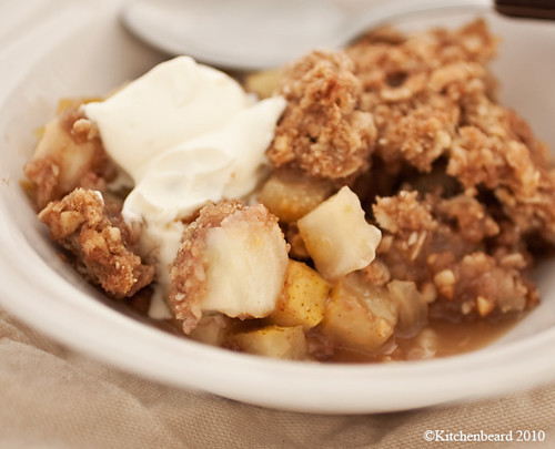 pear and fennel crumble