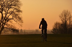 South Park sunset & bike (Margaret Stranks) Tags: city uk trees sunset bike bicycle silhouette spires southpark oxford headington fellowphotographer