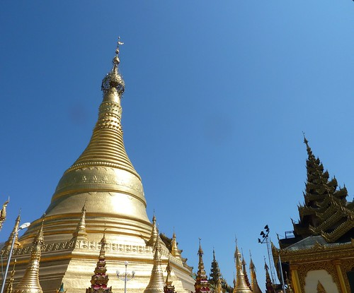 Pathein-Paya Shwemokhtaw (1)