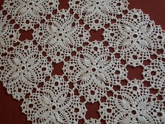Caminho de Mesa de Croch (Passamanaria) Tags: caf handmade crochet artesanato handcraft bandeja artes jogoamericano crochs forrodemesa linhafina mercercrochet panodebandeja copaecozinha crochetfil