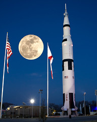 Rocket Moon (Jerry Slaughter) Tags: moon huntsville alabama nasa fullmoon saturnv spaceandrocketcenter supermoon 3192011
