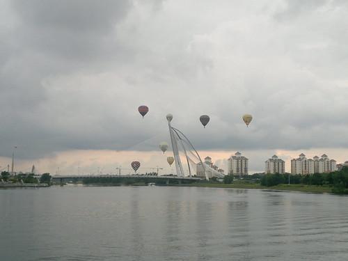 20032011-Balllons at Putrajaya