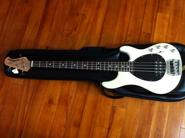 Musicman Sterling Bass-2