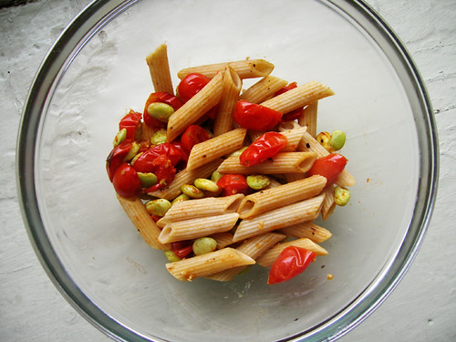 pasta with tomatoes and lima beans