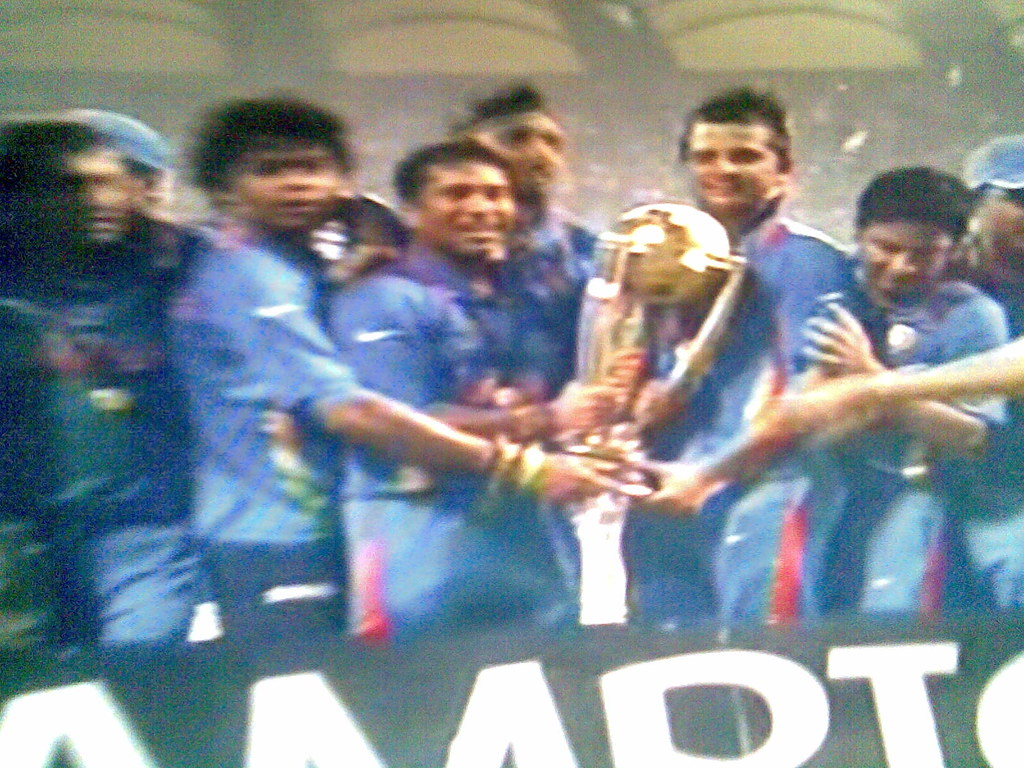 Indian Cricket team with 2011 World Cup  (Taken from TV)