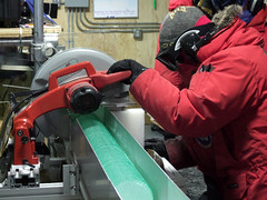 Cutting the WAIS Divide ice core into 1-meter long sections