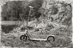 Scooter HUDORA Big Wheel Air 205 (pshef) Tags: hudora bigwheel air 205 blackandwhitephotography blackwhite monochrome pshef petrshevchenko coast 2016