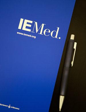 Abierta la convocatoria de becas remuneradas en el IEMed para 2017