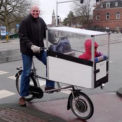 popemobile bike amsterdam 2 (@WorkCycles) Tags: holland netherlands amsterdam electric kids homebuilt bakfiets selfbuilt fietsfabriek transportbike tmannetje workcycles boxbike