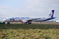 EI-CPD A321 Ural Airlines (corrydave) Tags: shannon aerlingus a321 uralairlines eicpd