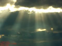 trilogia de rayos luminosos parte 3 (Mex::::::Gabriel:::Parker::::::Arg. 2016 images) Tags: bw color clouds nubes trilogias trilogys nubescontrarayosdeluz
