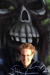 Ich vor der Wand des Freibad Ostermundigen im Kanton Bern in der Schweiz (chrchr_75) Tags: hurni christoph schweiz suisse switzerland svizzera suissa swiss kanton bern berne berna bärn kantonbern ostermundigen freibad chrchr chrchr75 chrigu chriguhurni 1102 wand wandmalerei grafiti graffiti gemälde kunst art familie family el mese nadia namachri albumnamachri hristoph christophhurni ich me albumjustme albumfamilie familia famille hurnichristoph chriguhurnibluemailch febraur 2011 februar2011 albumzzz201102februar