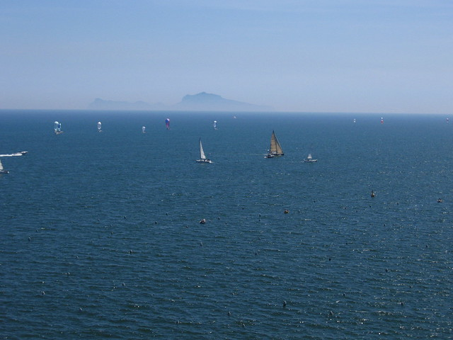 ナポリの海と空のフリー写真素材