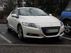 Honda CR-Z hybrid (Transaxle (alias Toprope)) Tags: auto street urban white berlin cars beauty car rain japan honda japanese nikon afternoon power shot snap coche soul nippon autos february hybrid kerb curb macchina coupe coches sporty coup twoseater toprope zcar kerbs curbs sportcar sportwagen sportcars 2011 crz japanesecar frontwheeldrive hcar nipponwheels