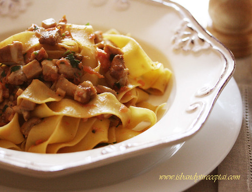 "Boletus ""ragù"" pasta"