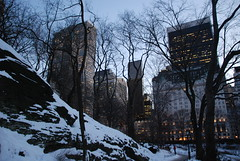 Central Park (Gilmar Hermes) Tags: park new york winter usa snow newyork nova america do unitedstates centralpark united unitedstatesofamerica north central neve northamerica states inverno shining norte estadosunidos statiuniti etatsunis jav amricadonorte estadosunidosdaamerica vereinigtestaaten vereinigtestaatenvonamerika lamrique  verenigdestaten stanyzjednoczone       lamriquedunord tatsunisdamrique    stitaontaithemheirice  istatiuniti
