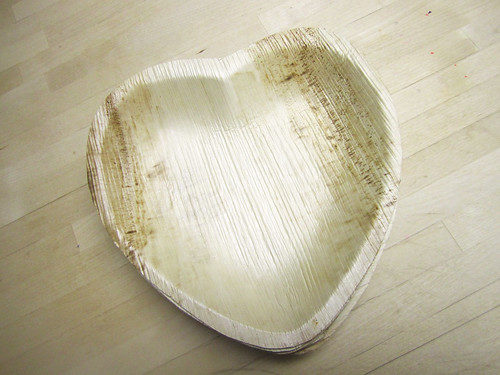 Palm leaf heart-shaped party plates
