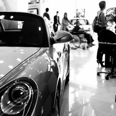 Car showroom - Bangkok. (ndnbrunei) Tags: blackandwhite bw 120 6x6 tlr rollei mediumformat square thailand cord southeastasia kodak bangkok bn porsche mf xenar rolleicord 500x500 classicblackwhite analoguephotography 25faves rolleigallery ndnbrunei tmy2 kodak400tmy2 50yearoldcamera ilovemyrolleicord