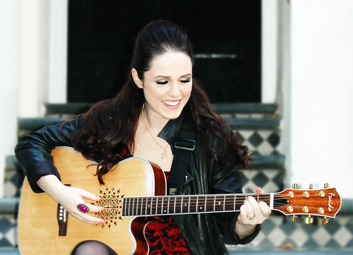 Sandi Thom's Farida signature guitar