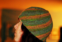 spiraling stripes hat!