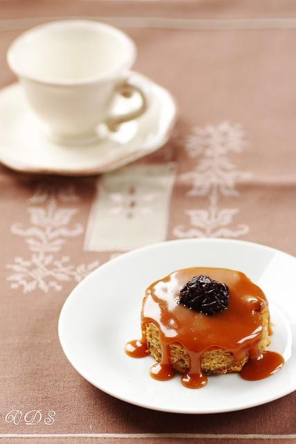 Pudding de pruneaux au caramel