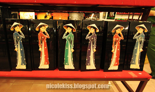 vietnames ladies paintings