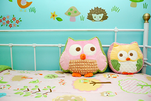 Owl pillows.