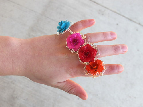 Rose rings - more party favors for Frida party