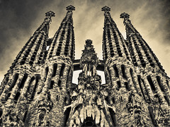 [Free Image] Architecture/Building, Church/Catedral/Mosque, Sagrada Família, World Heritage, Spain, Sepia, 201103120100