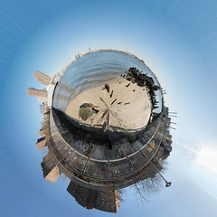Planet Stuyvesant Cove (jankor) Tags: panorama geotagged 360 planet stitched 360 360degree littleplanet 360grad geo:lon=73973849 planetepanoramique geo:lat=40733201