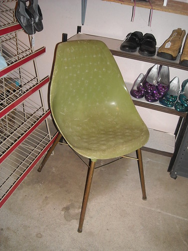 Green Egg Shell Chair