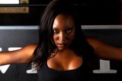 [フリー画像] 人物, 女性, 黒人女性, アメリカ人, 201103192100