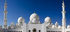 Sheikh Zayed Mosque - UAE (CanvasOfLight) Tags: white architecture carpet worship dubai iran minaret islam prayer religion uae grand landmark mosque arabic chandelier tiles zayed abudhabi dome marble sheikh turkish moroccan islamic