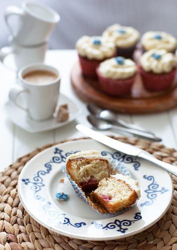 Almond & Raspberry Cupcakes
