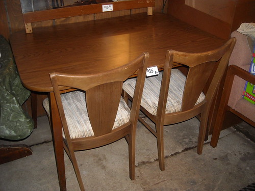 Danish modern Table and Chairs