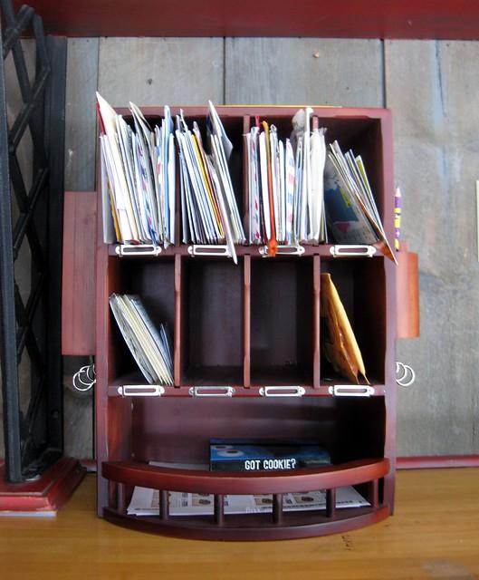 Mail organizer 1