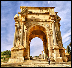 The Arch of Septimius Severus ! (Bashar Shglila) Tags: red arch roman sony balloon libya magna libyan severus leptis   septimius   platinumheartaward  redynamix    hx1   mygearandme mygearandmepremium
