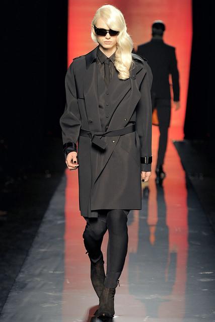 Andrej Pejic3093_FW11_Paris_Jean Paul Gaultier(VOGUEcom)