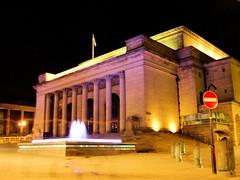 Sheffield City Hall (Click And Pray) Tags: fountain cityhall sheffield noentry nightphoto pillars sheffieldcityhall managedbyflickrmanagr